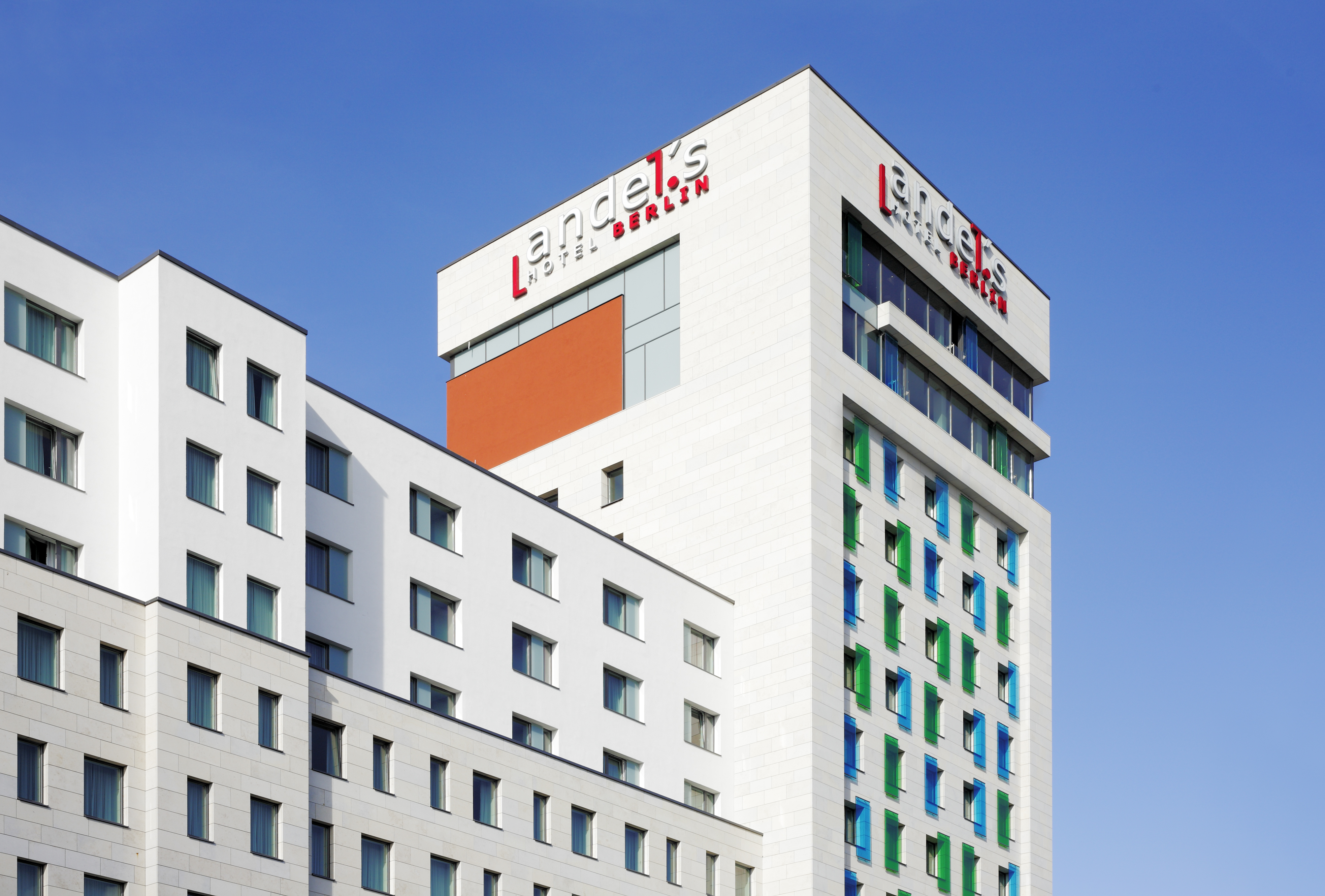 andelsHotelberlin_FrontView_Copyright_Stefan-Dauth