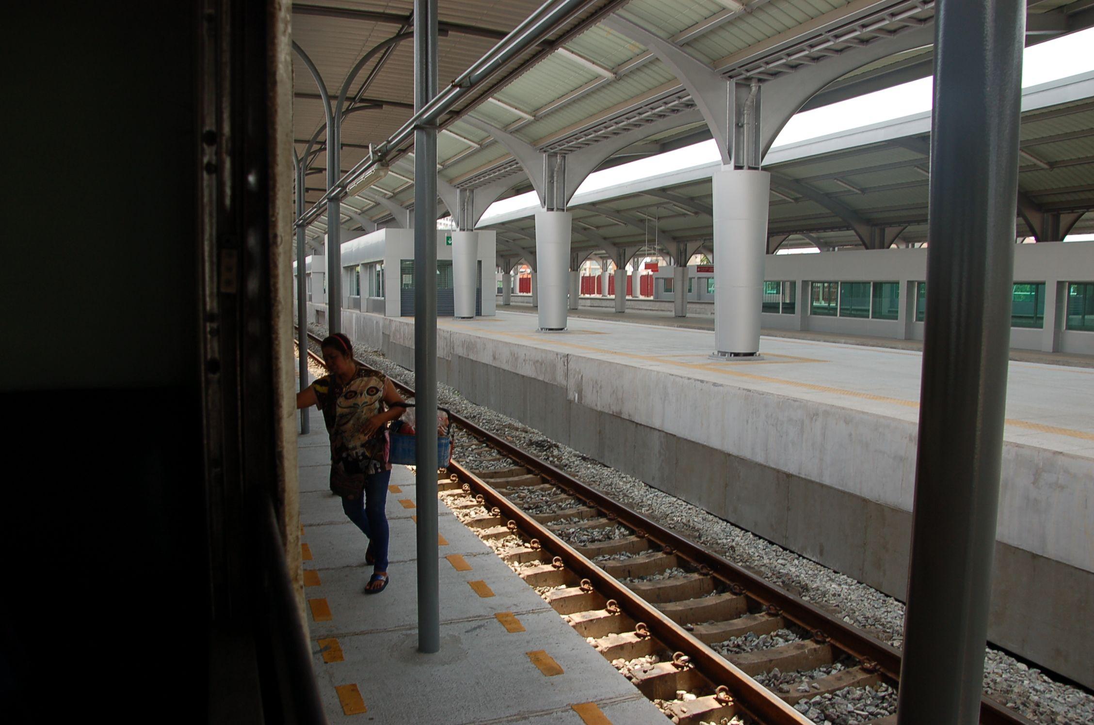 Bahn durch Thailand 07