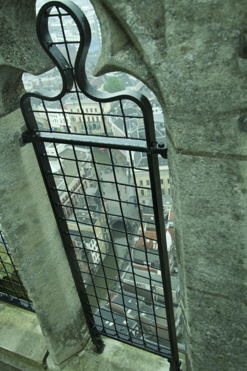 Hinter Gittern - Die Dombesteigung ist nur mit einem Guide möglich