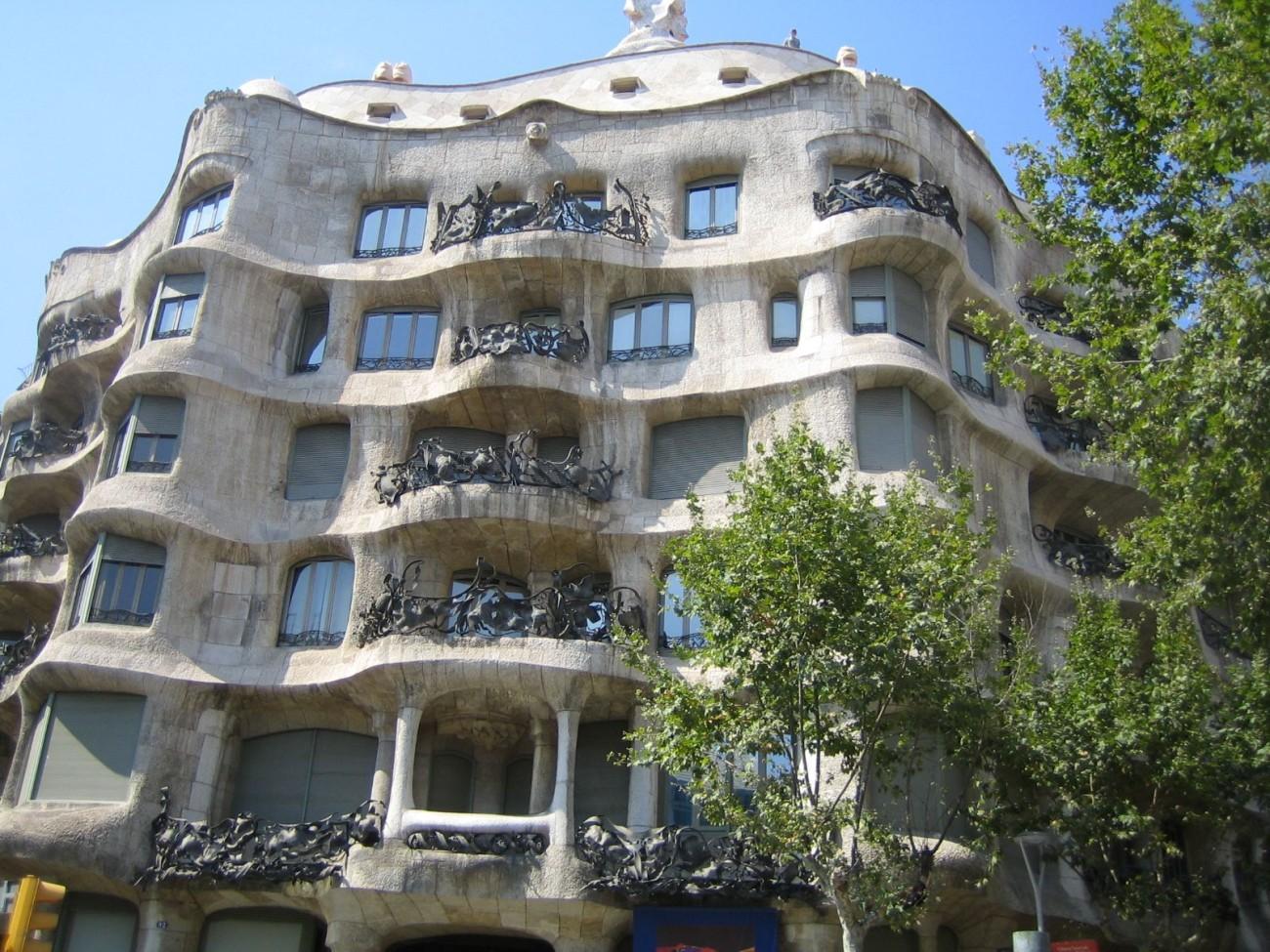 """Bekannt aus der Antonioni-DVD-Box: Die """"Casa Milà"""" von Antoni Gaudí"""