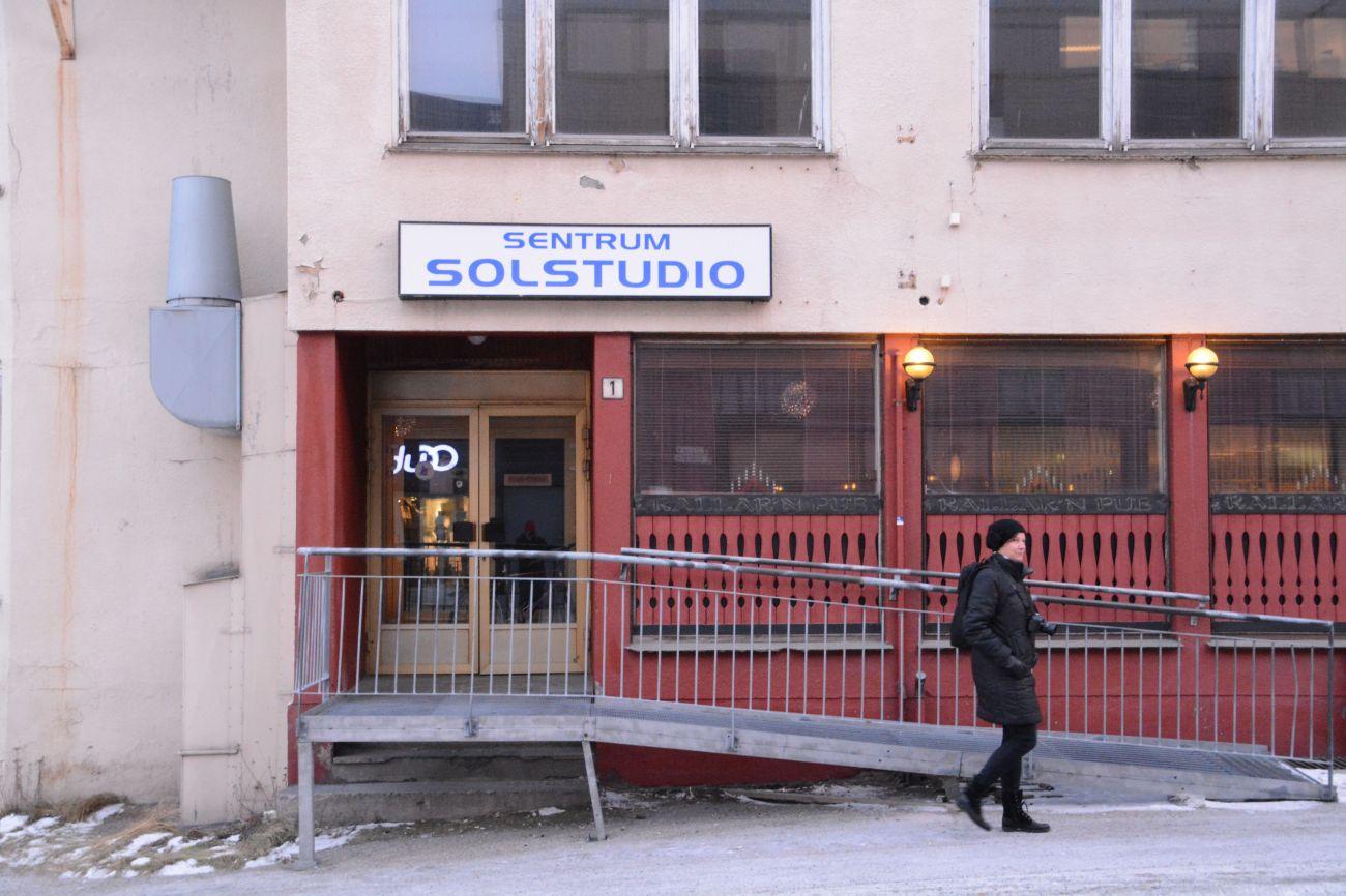 Das Sonnenstudio von Kirkenes - hier könnte es tatsächlich von Nutzen sein