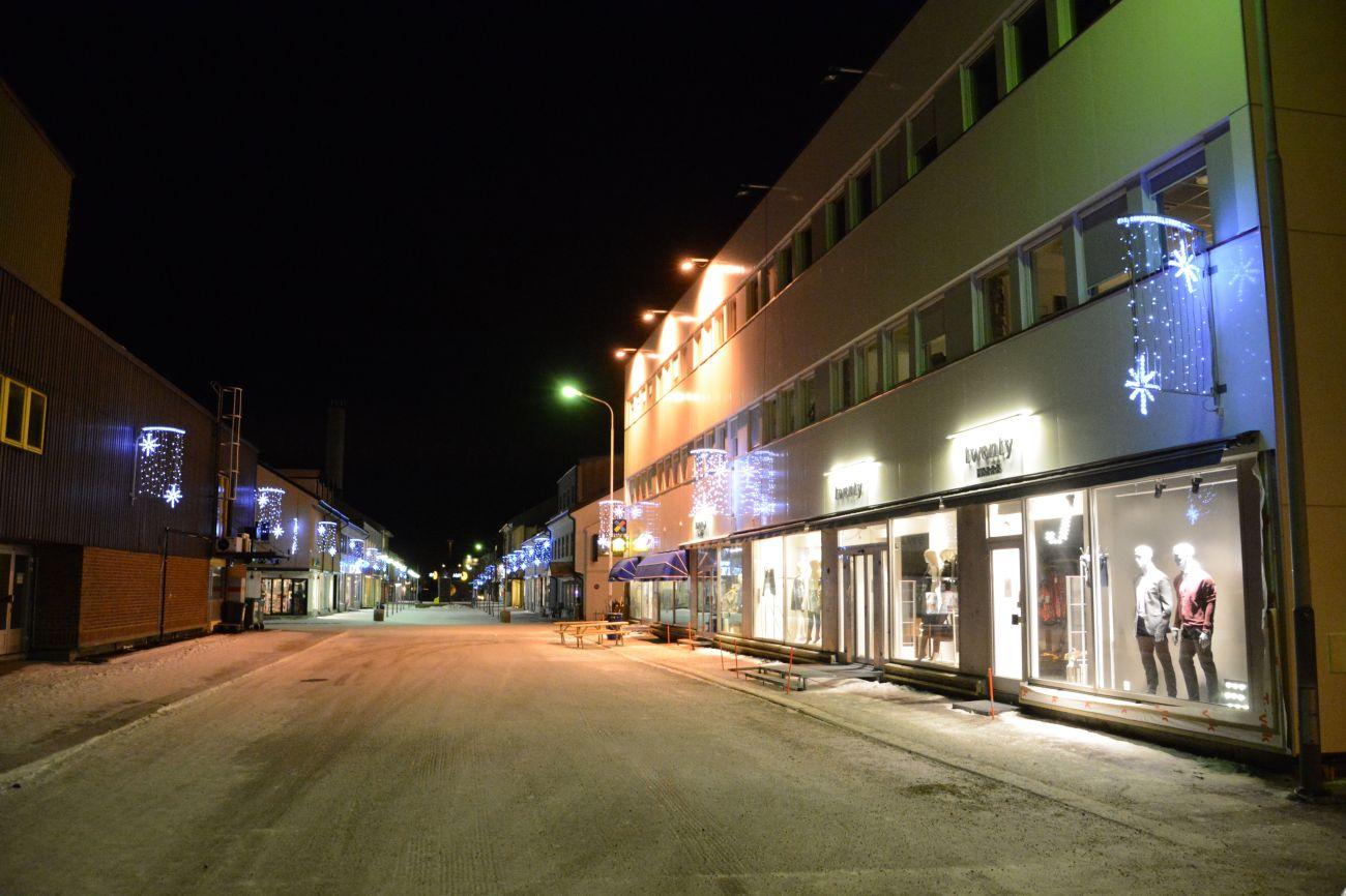 Die Innenstadt von Kirkenes ist abends nicht sonderlich belebt