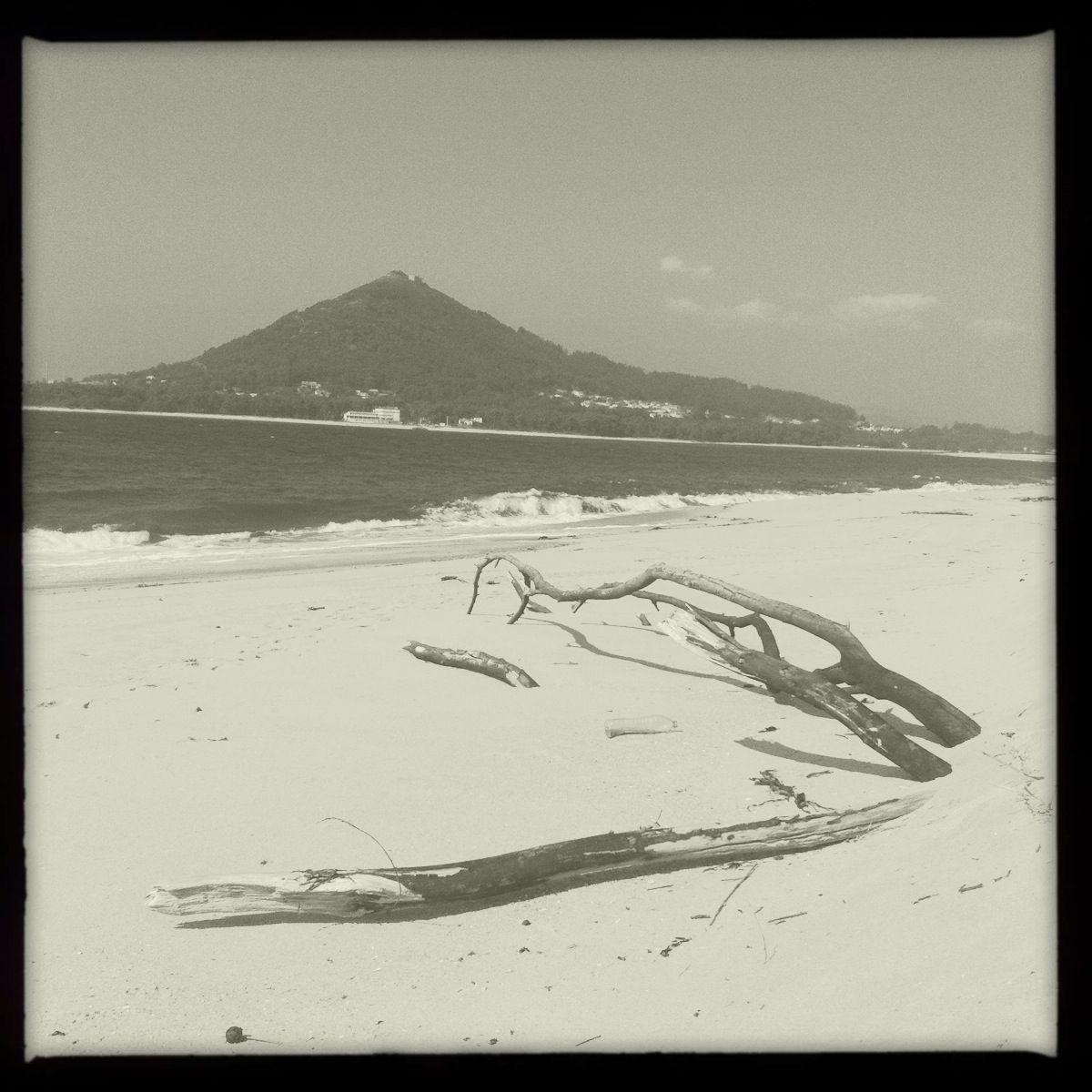 Lage am Rande der Welt, in der Nähe zu Spanien. Der Monte de Santa Tecla gehört schon zu Galizien