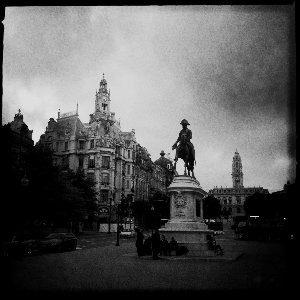 """""""Die Unbesiegbare"""" nennt sich die zweitgrößte Stadt Portugals"""