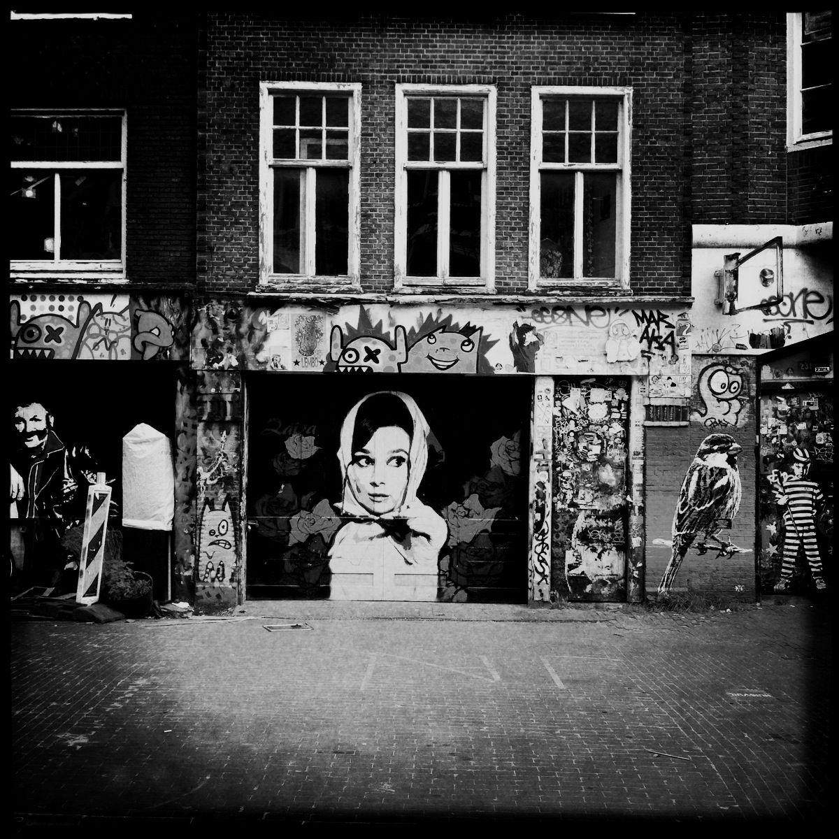 Lieblingsort #10: Das Audrey-Hepburn-Tor in der Spuistraat
