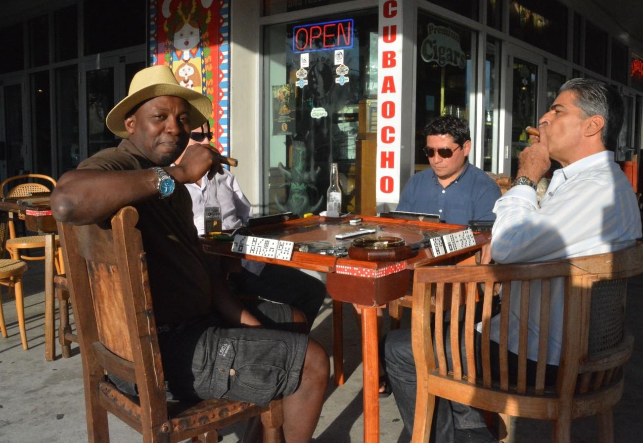 Die besten Figuren hingen natürlich in Little Havana ab. Eines haben sie alle gemein: Sie hassen Kuba und Che-Guevara-Romantiker