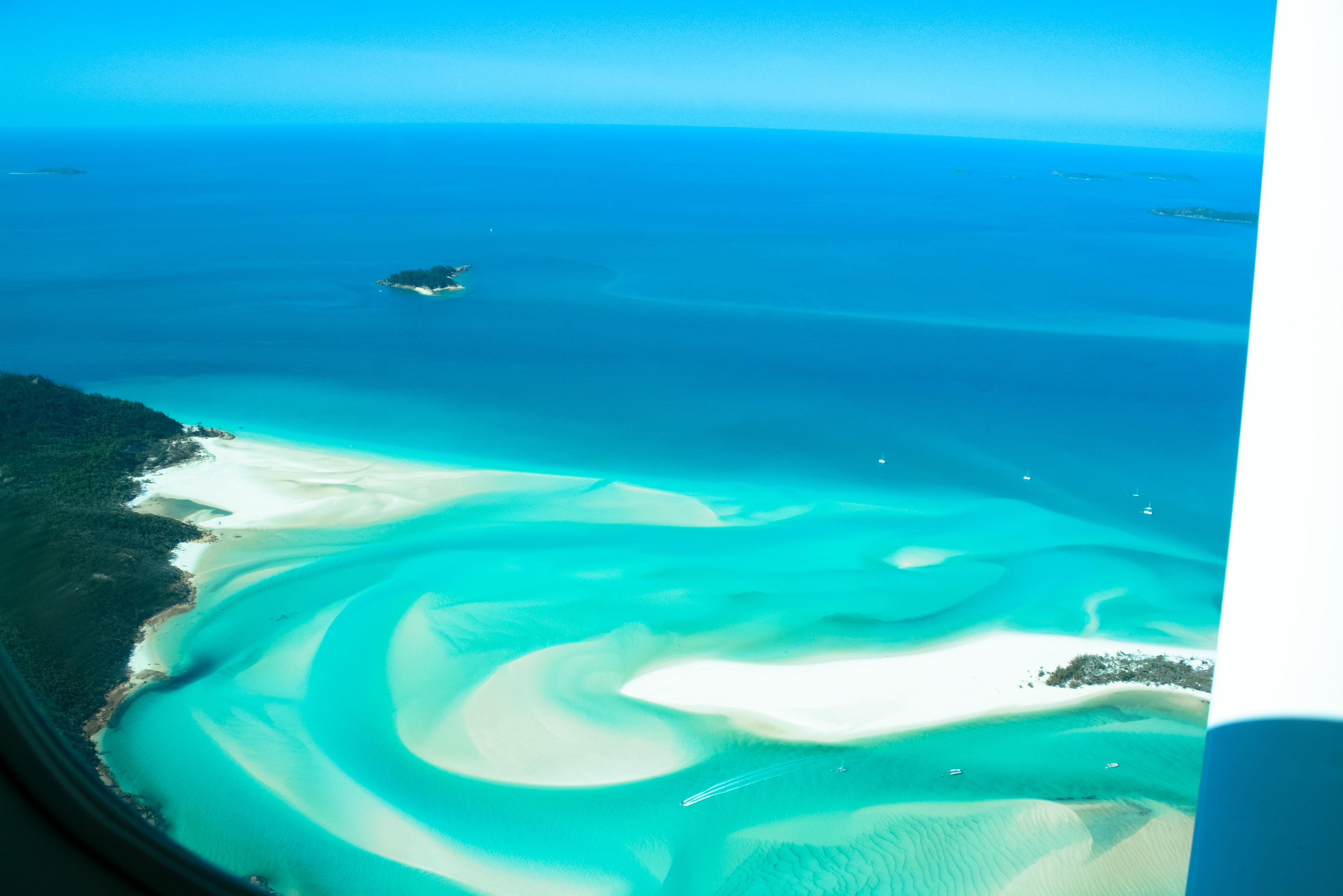 Die Farben von Queenland sind pure Poesie. Rundflug über die Whitsundays und das Great Berrier Reef