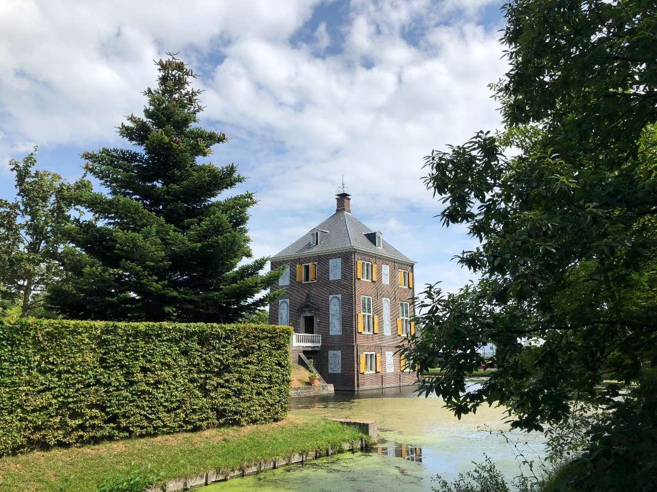 Das Landgut Huygens Hofwijck in Voorburg war Wohnsitz der begnateten Wissenschatler Constantijn und Christiaan Huygens