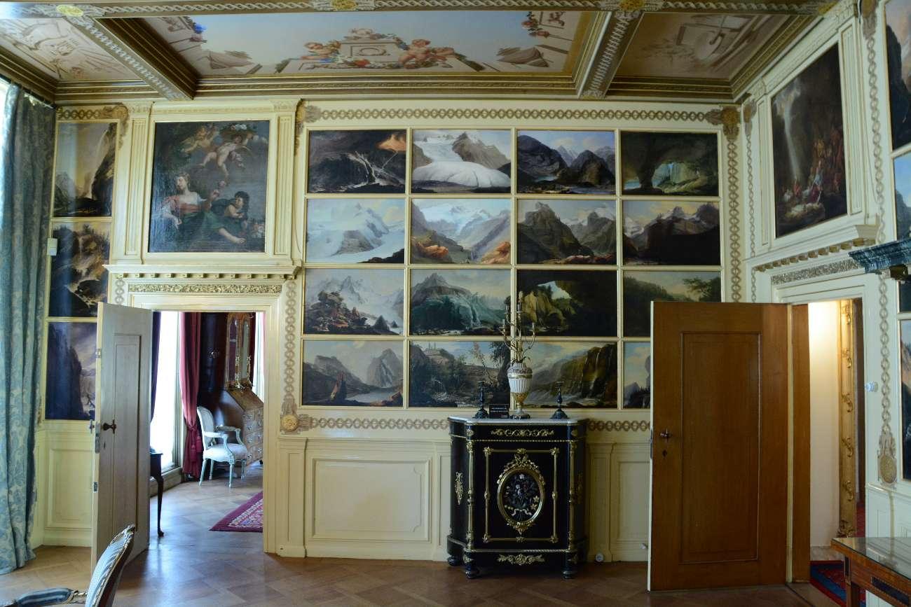 Innenleben von Landgut Keukenhof mit Bildern aus Renaissance und Barock