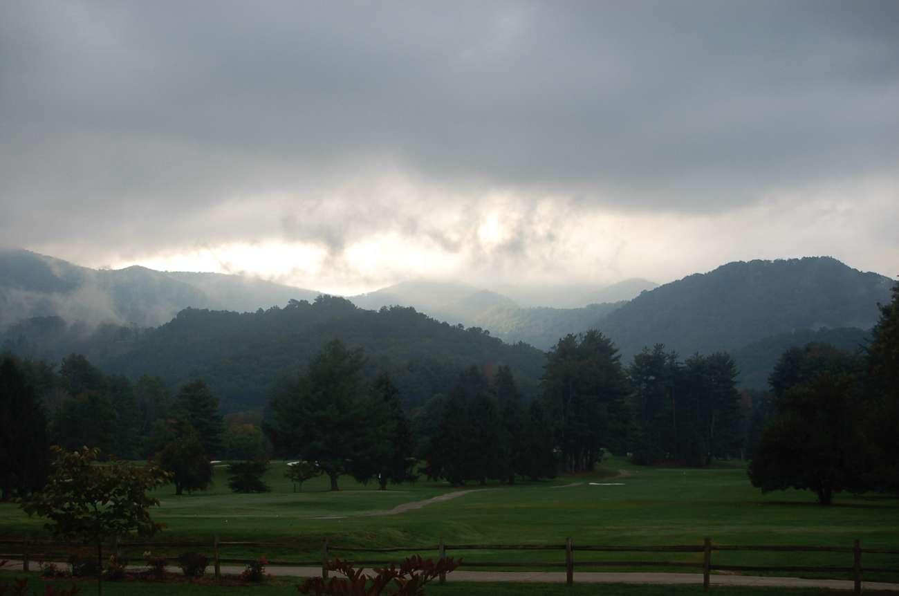 Tolle Aussichten: die Berge der Great Smokey Mountains sind wolkenverhangen