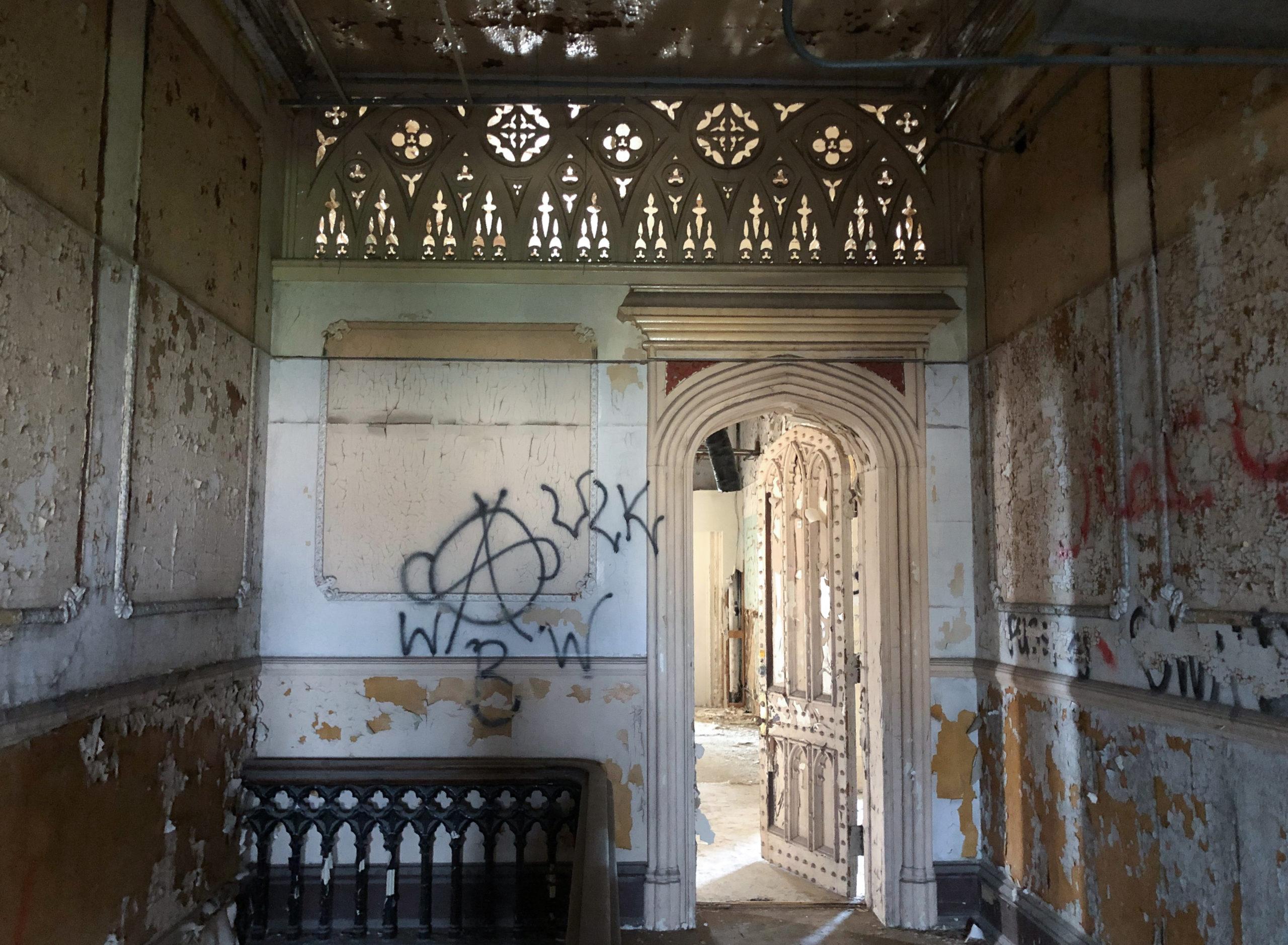 Eingang zum Direktorenzimmer im Old Joliet Prison