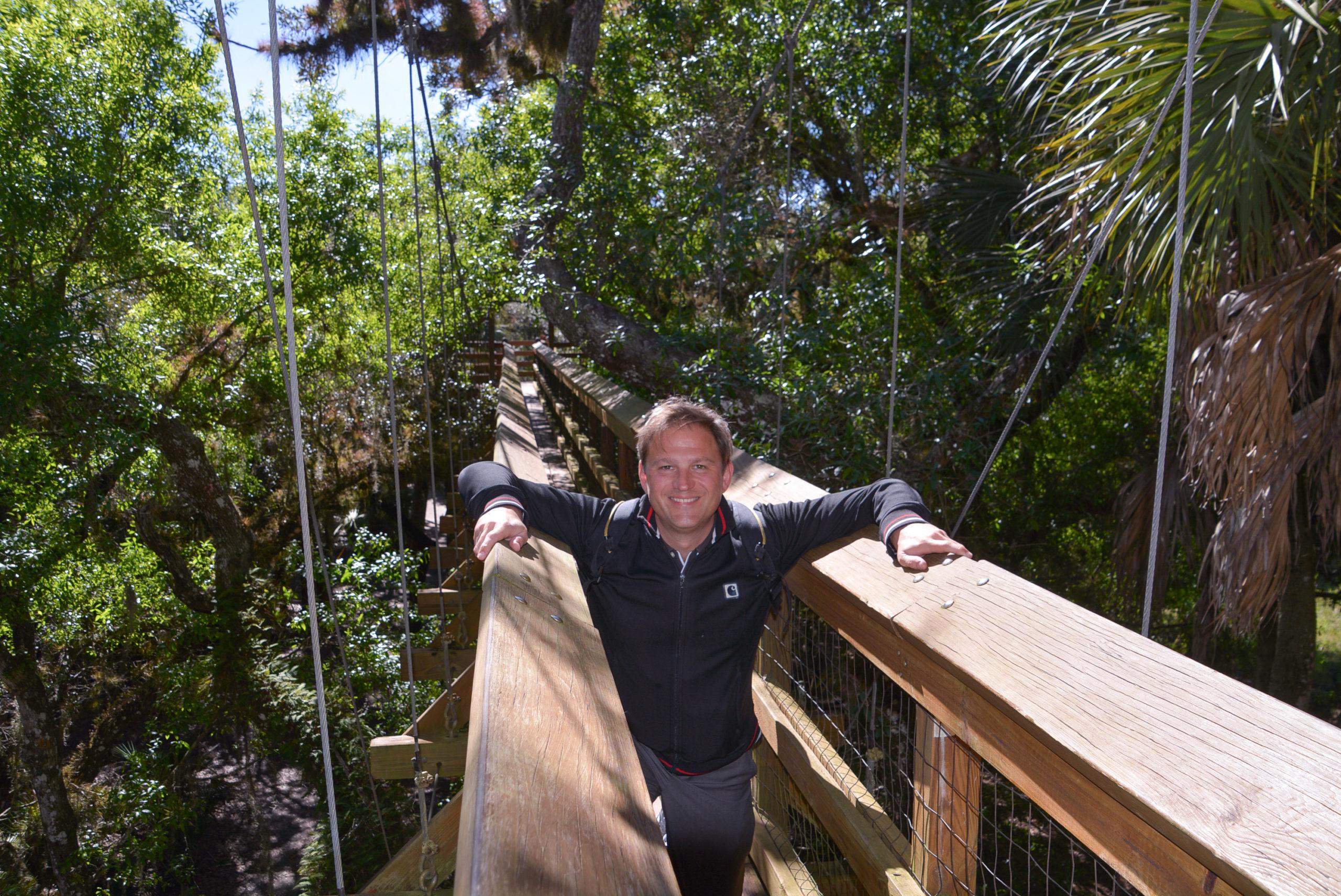 Autor Ralf Johnen auf dem Canopy Walk im Myakka State Park