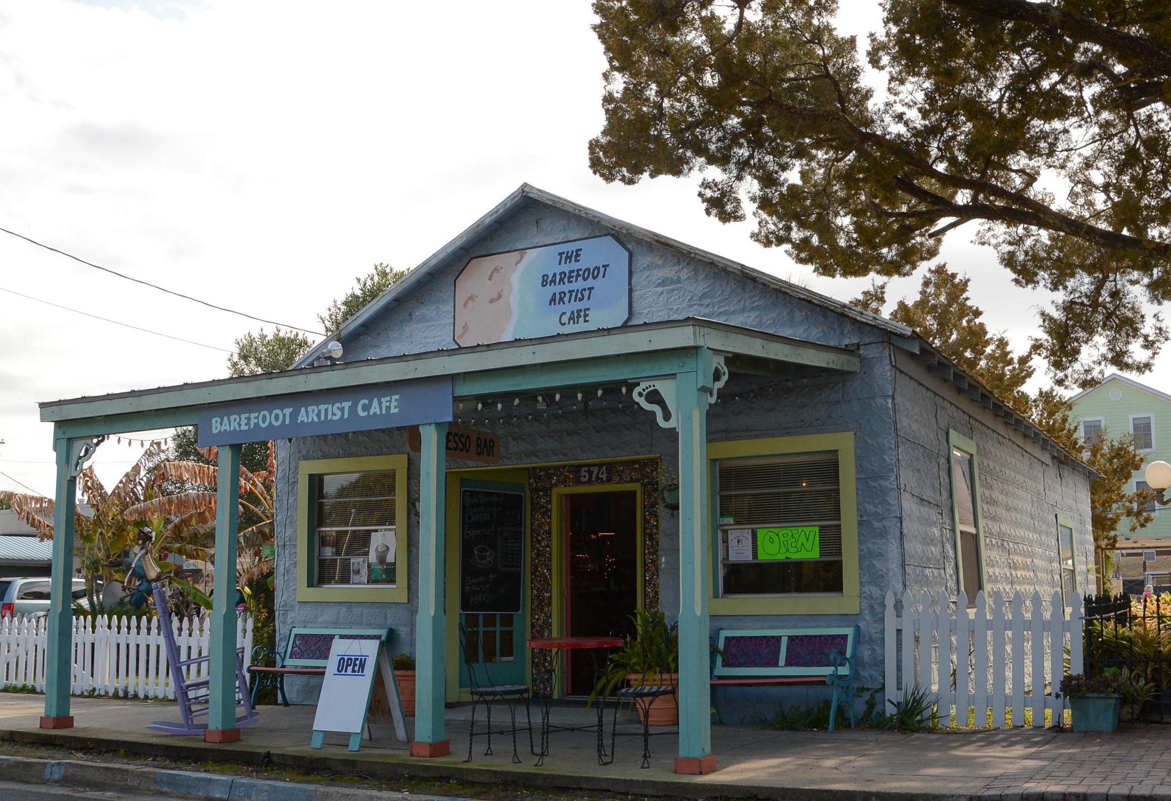 Das Barefoot Artist Café in Florida