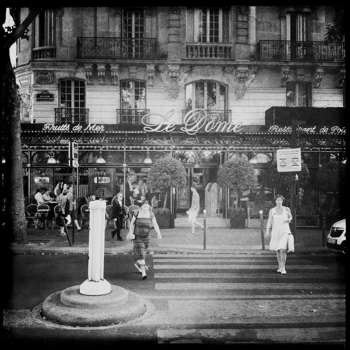 """Cafe Le Dome in Paris ist einer der Schauplätze von Ernest Hemingways """"Fiesta"""""""