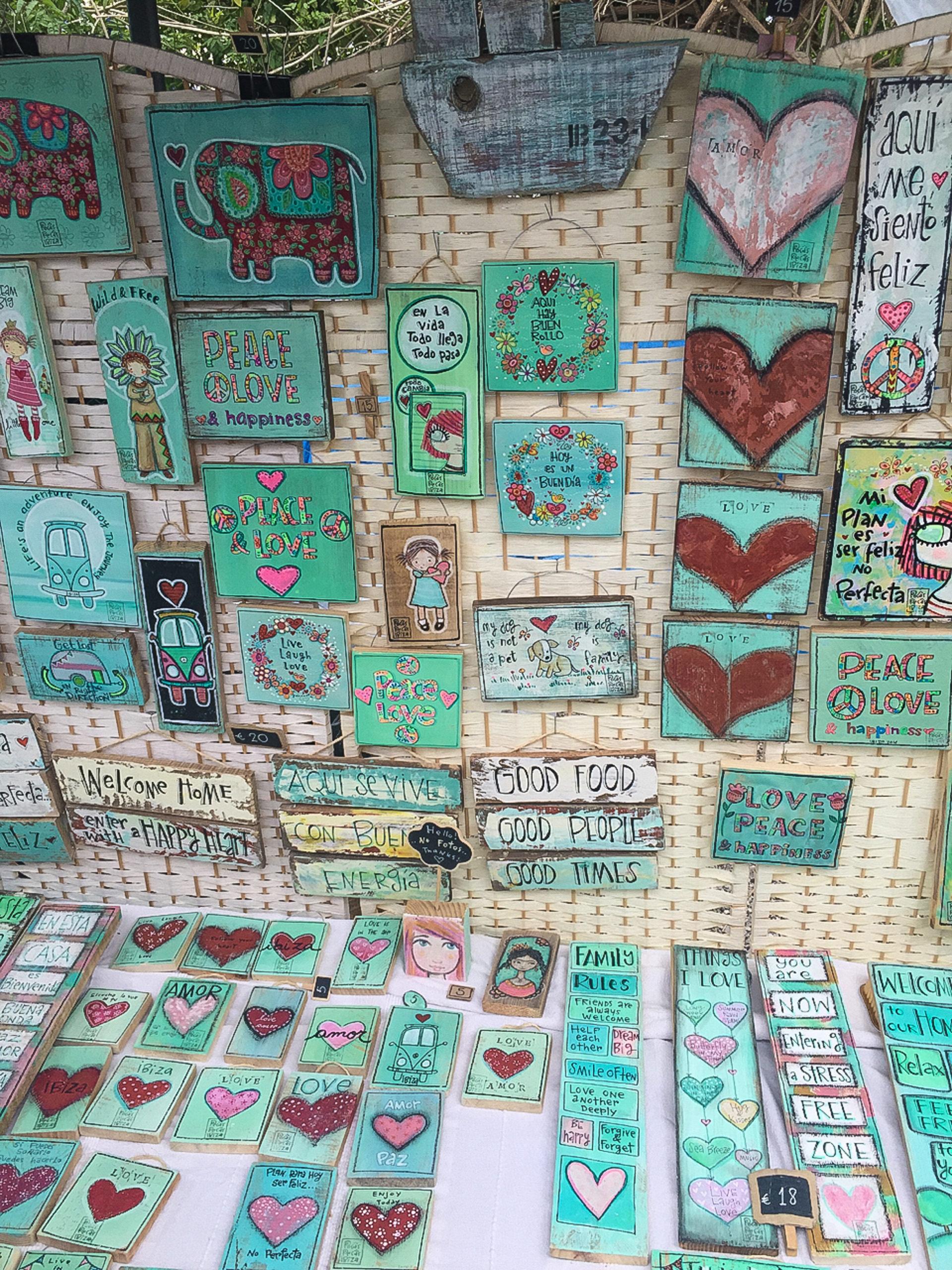 Liebe und Frieden: Auf dem Hippiemarkt Las Dalias auf Ibiza.