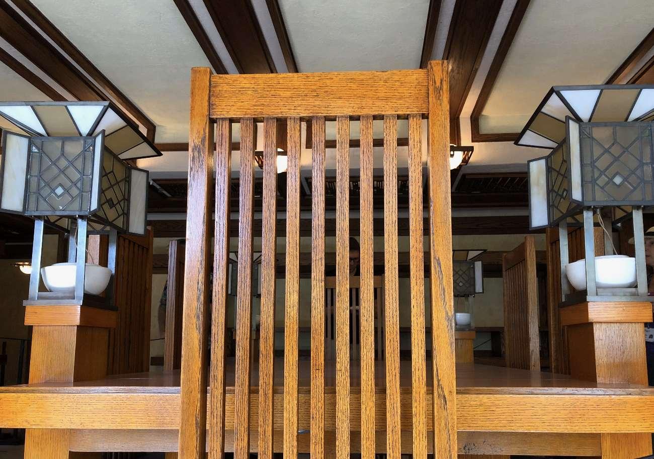 Stuhl und Lampen in Robie House an der Route 66