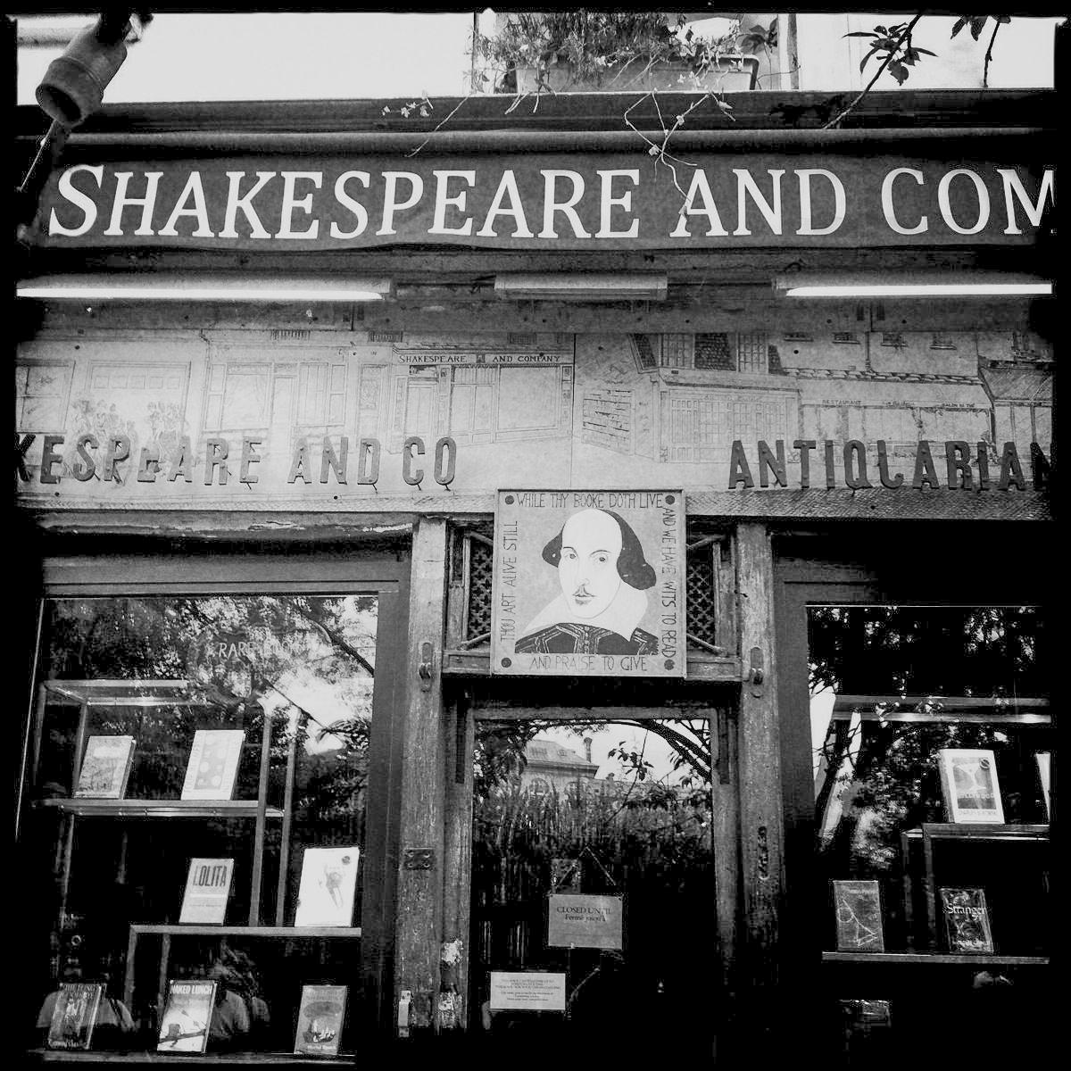 Die Buchhandlung Shakespeare and Company an der Pariser Rive Gauche