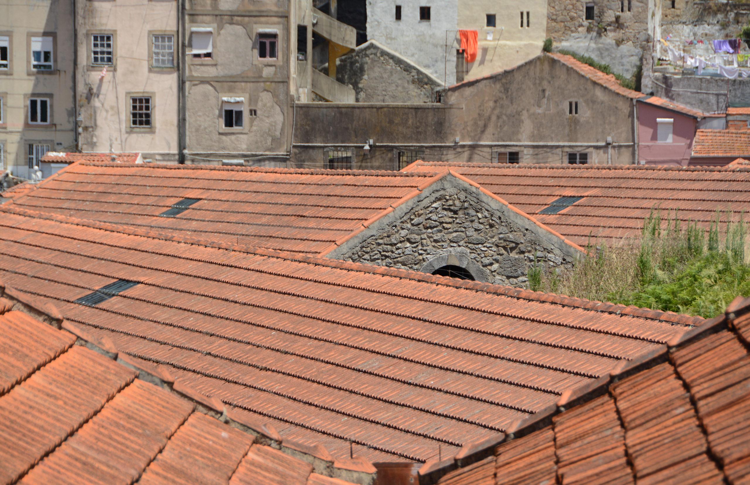 Hausdächer in Porto