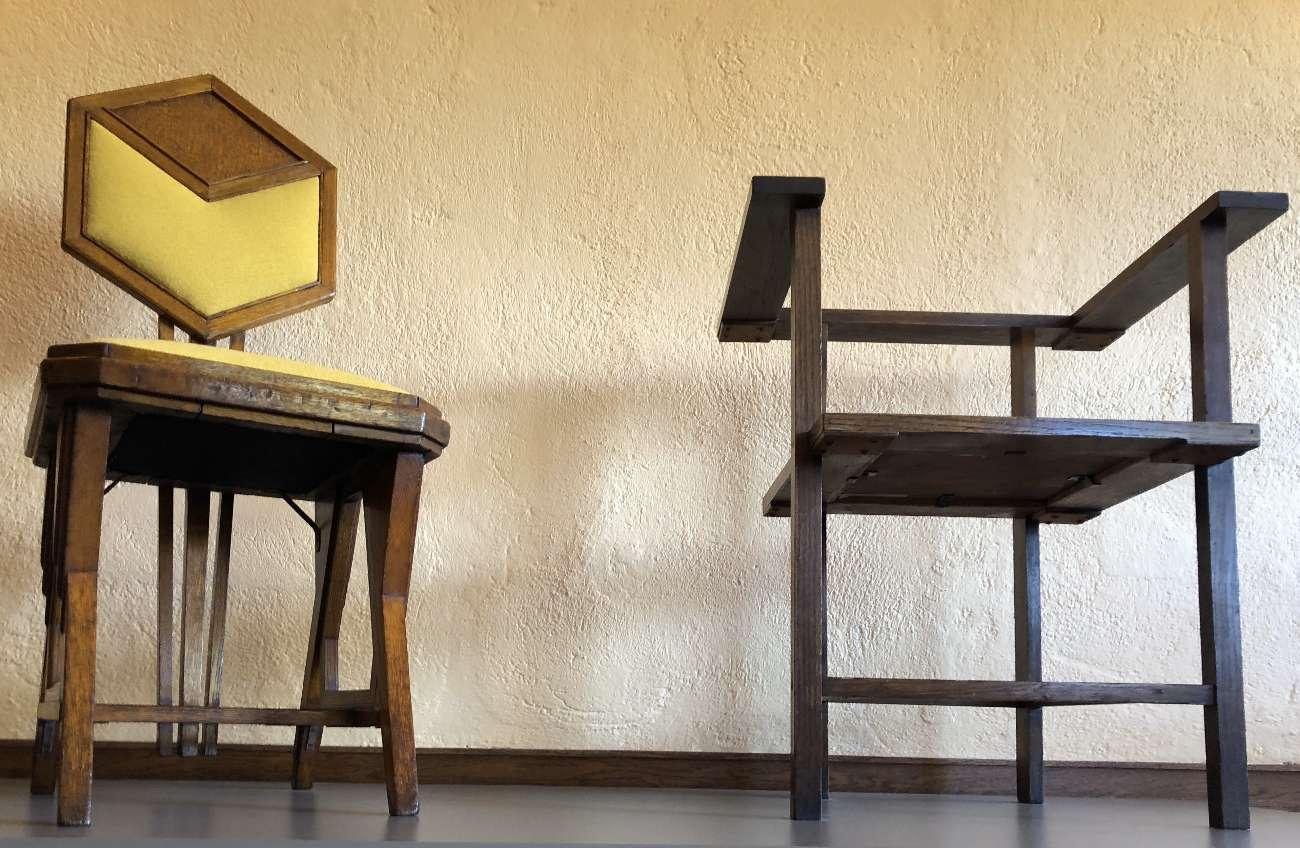 Stühle aus dem Atelier von Frank Lloyd Wright im Robie House in Chicago
