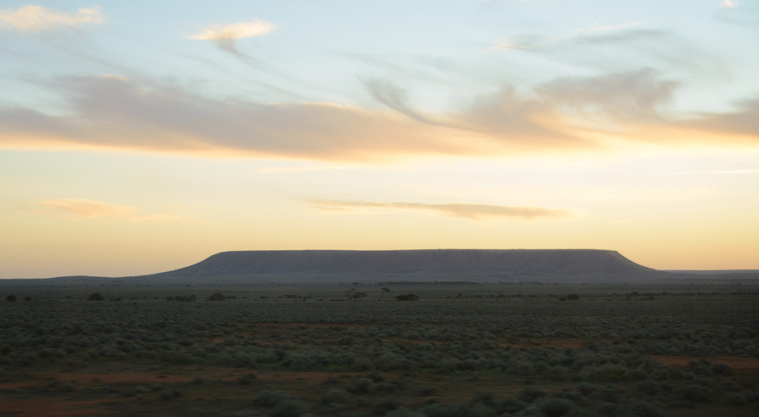 Tafelberg in New South Wales während des Sonnenuntergangs