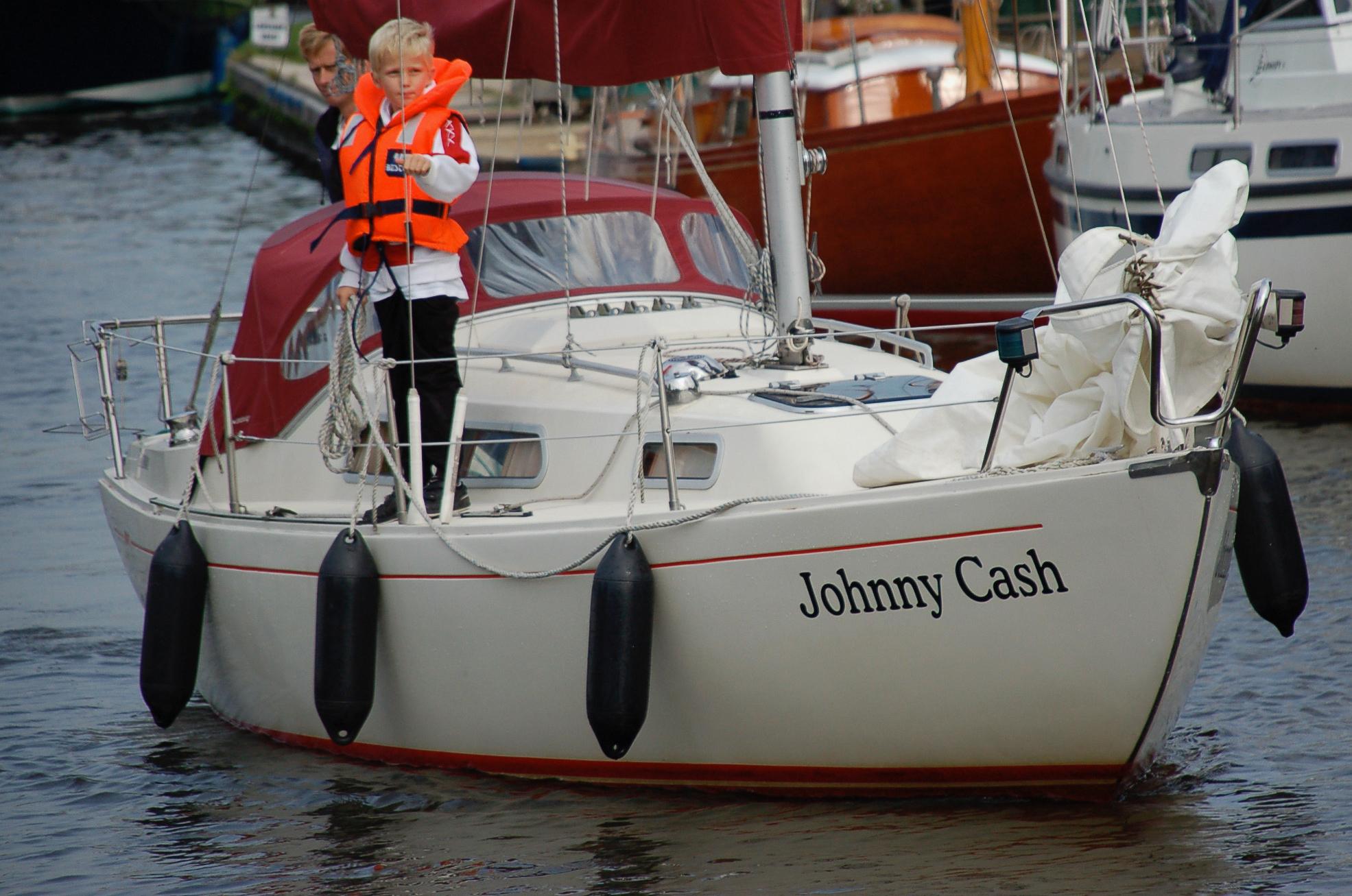 Ein Boot namens Johnny Cash in Friesland