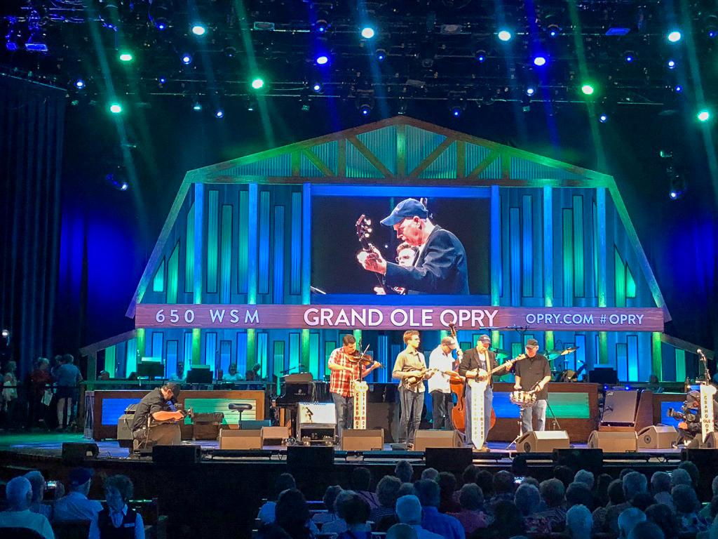 Szene aus der Grand Ole Opry in Nashville