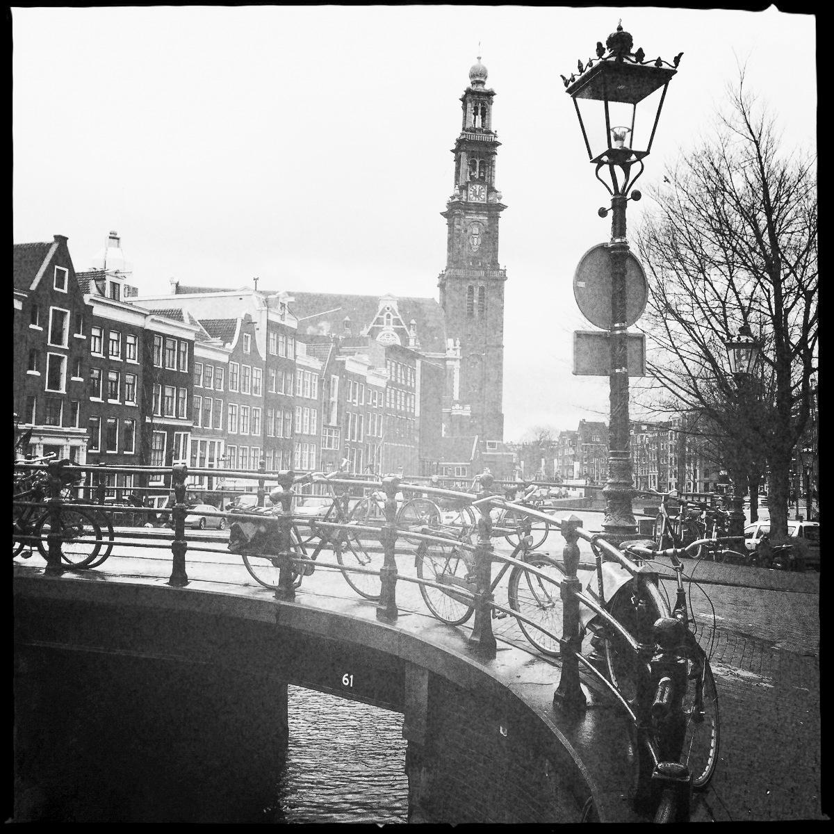Die Glocken der Westerkerk im Jordaan hat Anne Frank stets läuten gehört.