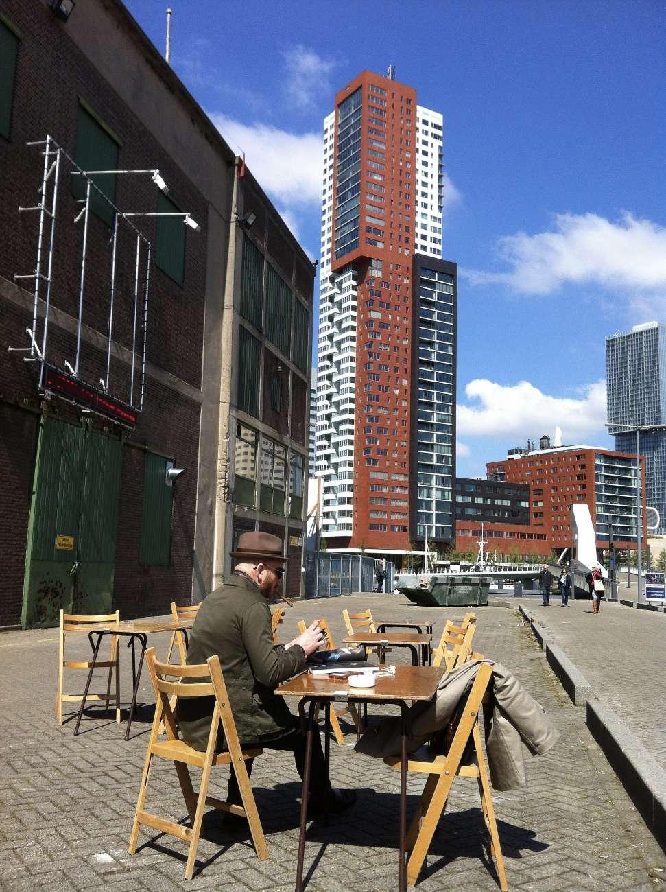 Rotterdam ist die zweitgrößte Stadt der Niederlande. Die Metropole an der Maas ist vor allem für seine Wolkenkratzer bekannt.