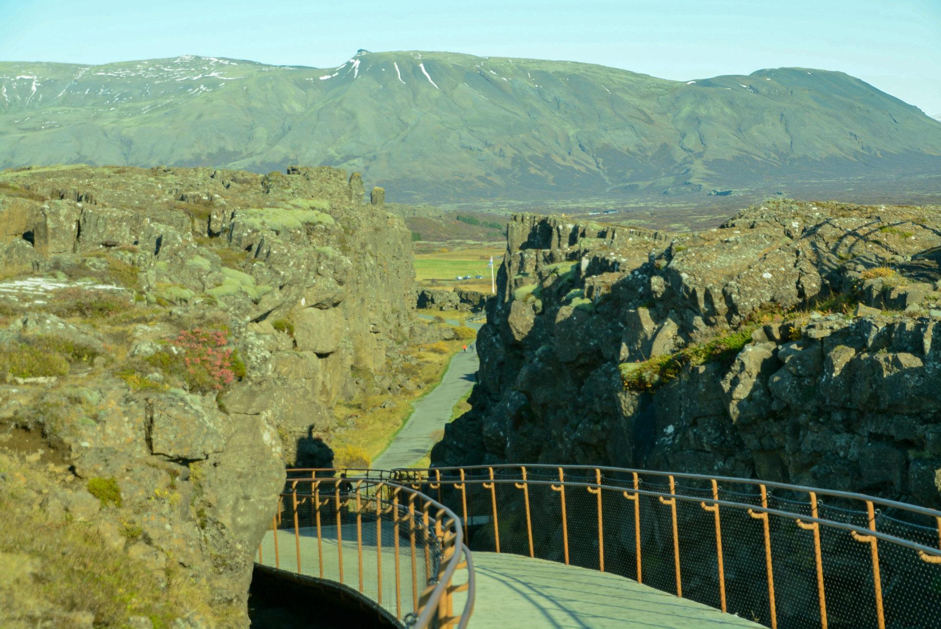 Die Kontinetalscheide am Thingvellir in Island