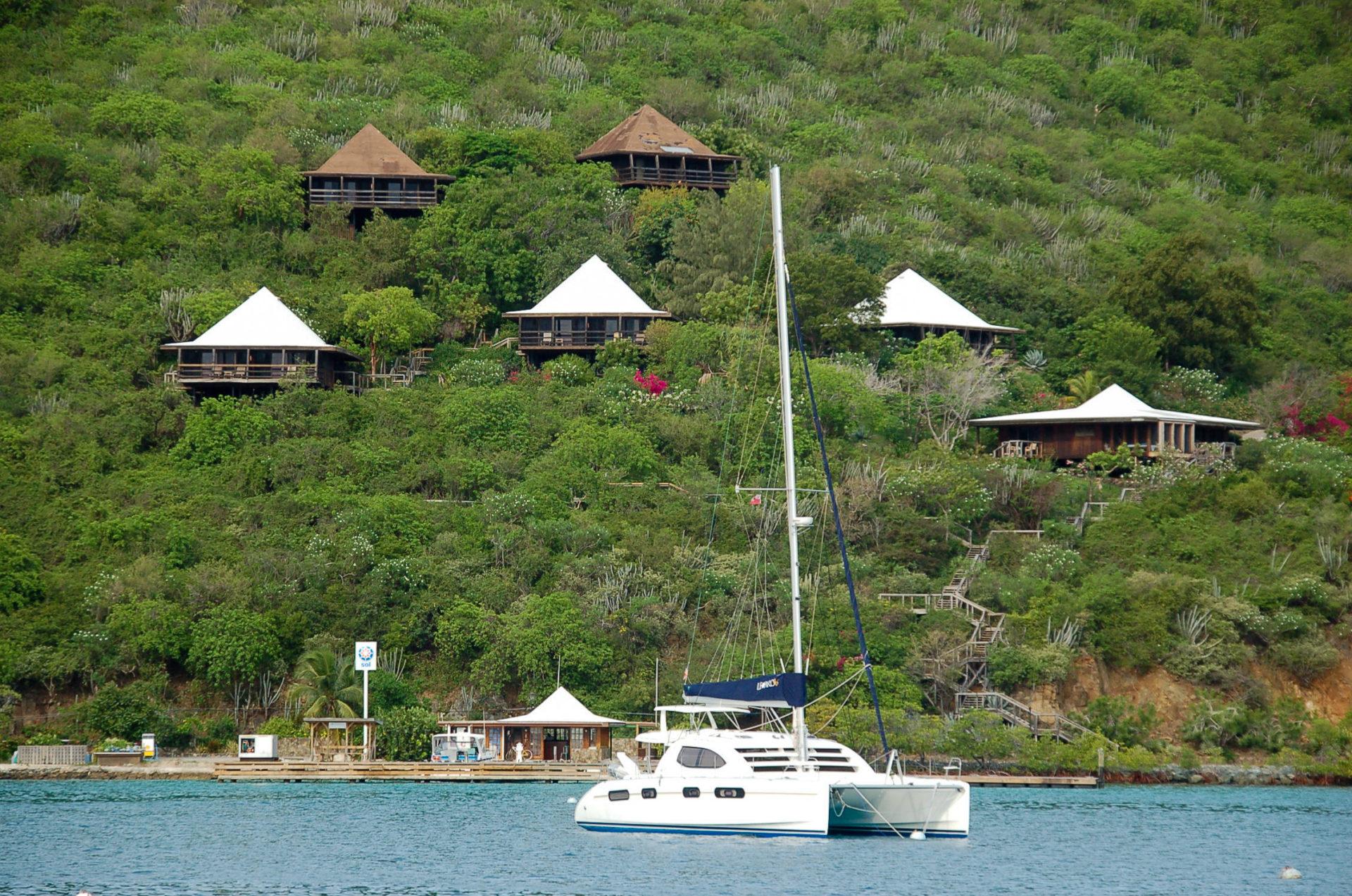 Villen des Bitter End Yacht Club auf den British Virgin Islands in der Nähe von Sandy Spit
