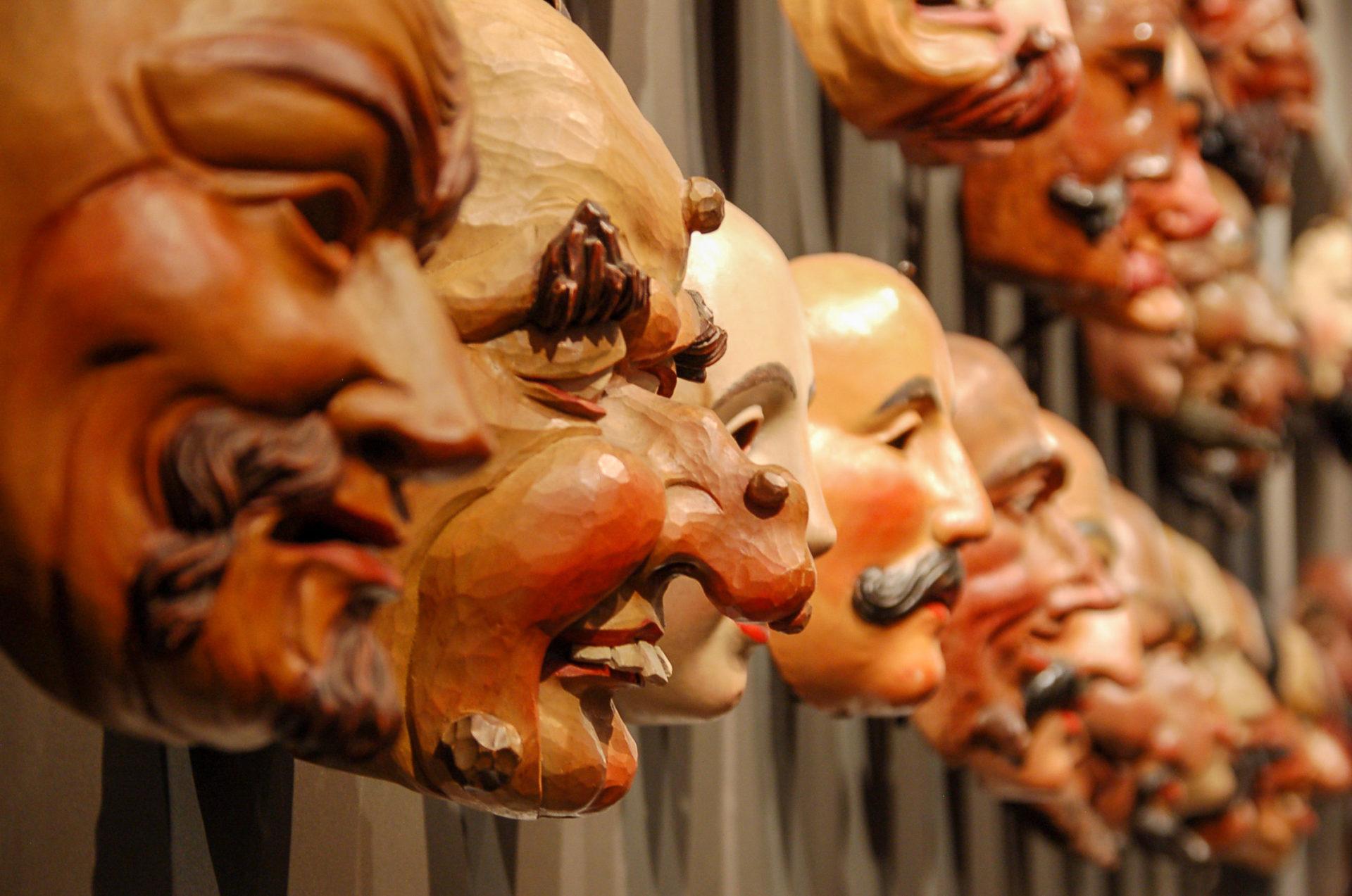 Masken im Faschingsmuseum von Imst in Tirol