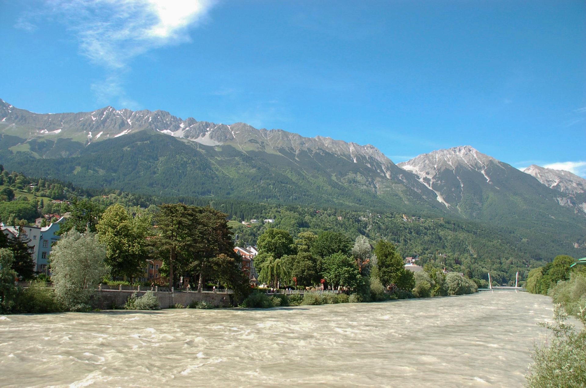 Der Innradweg verspricht Blicke auf die Alpen ohne Anstiege