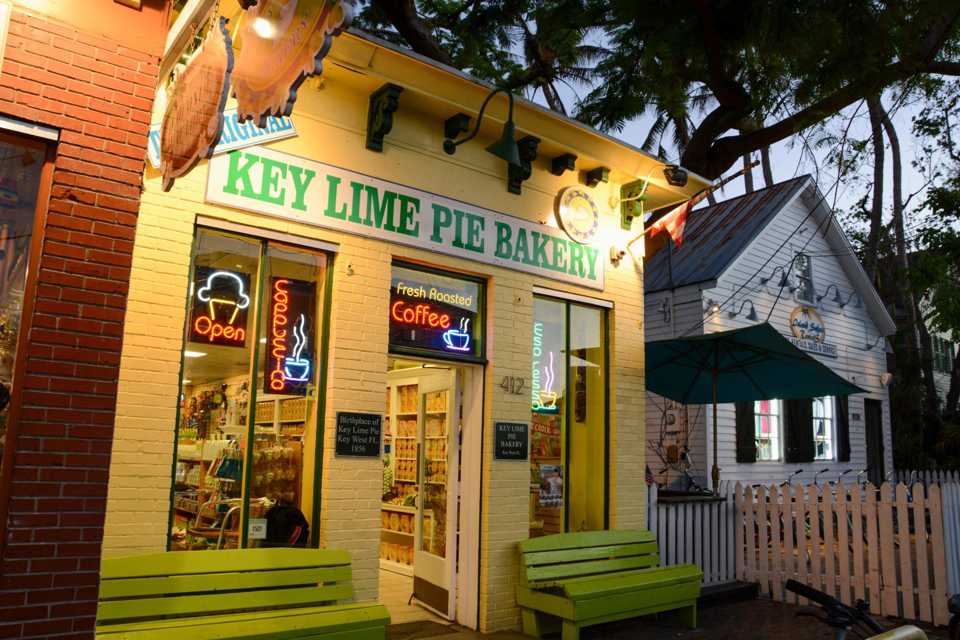 Zum Abschluss der Key Lime Bike Tour gibt es ein Stück Key Lime Pie