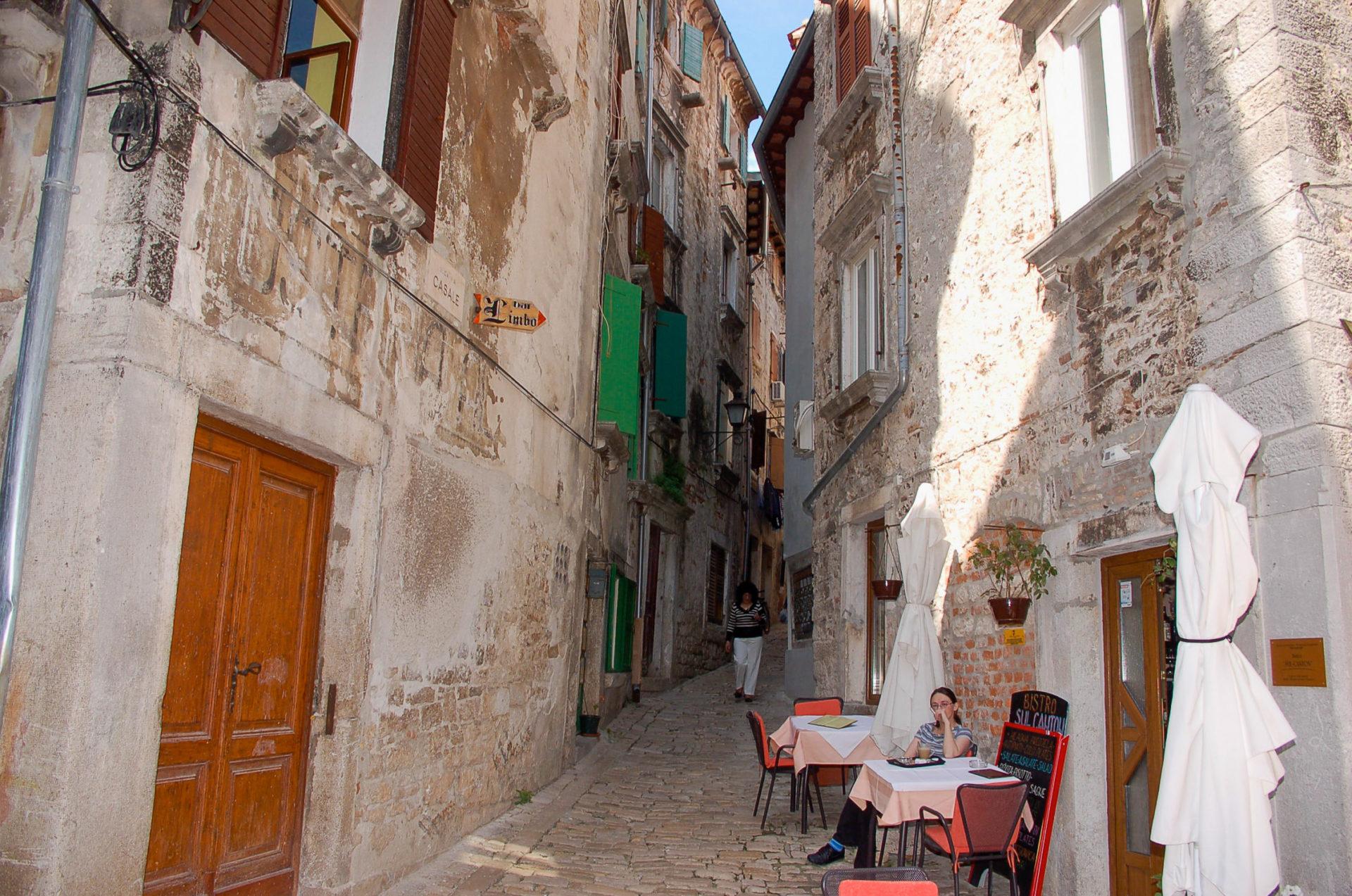 Enge Gassen in der Altstadt von Rovinj