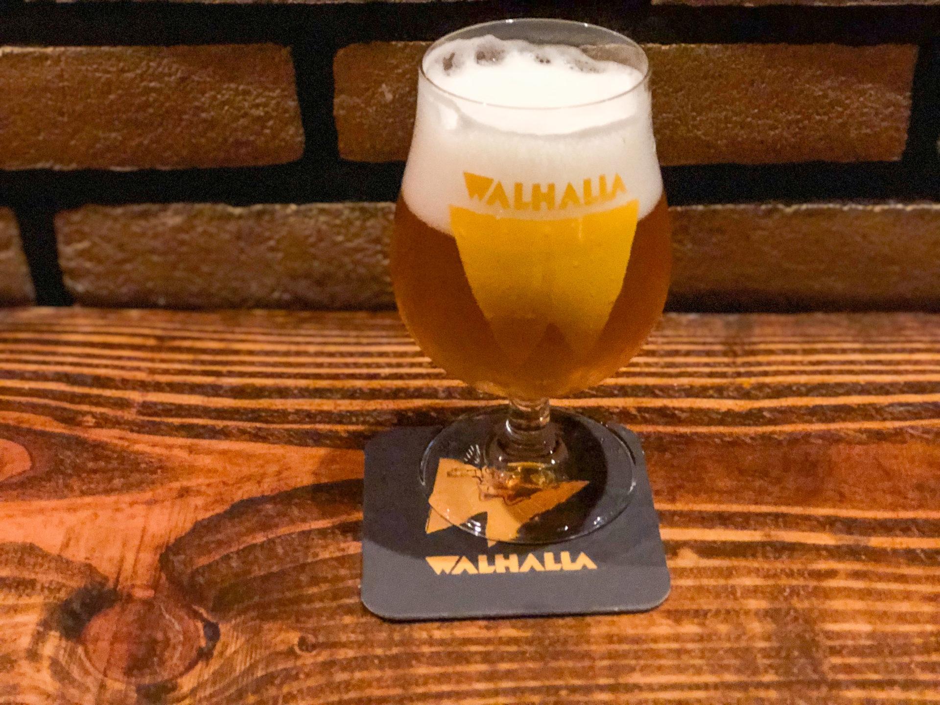 Craft Beer im Lokal Walhalla im coolsten Viertel von Amsterdam