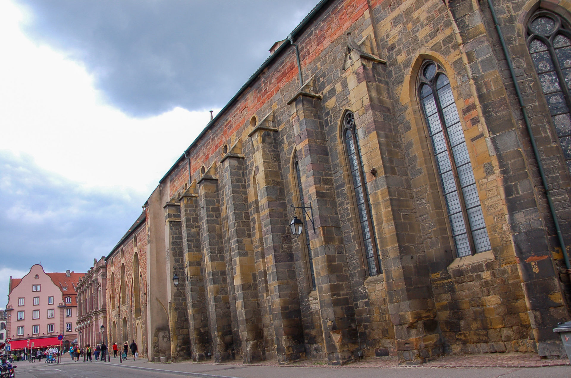 Kirchenschiff in Colmar im Elsass