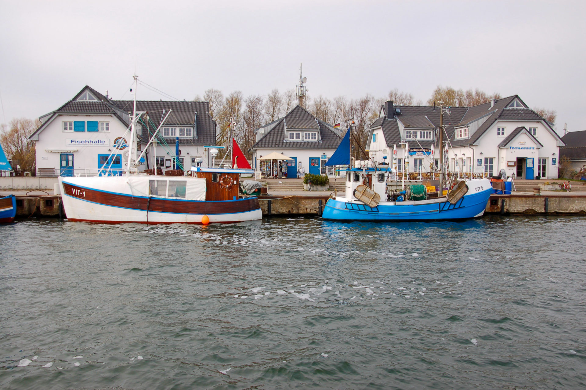 Fischerboote auf Hiddensee