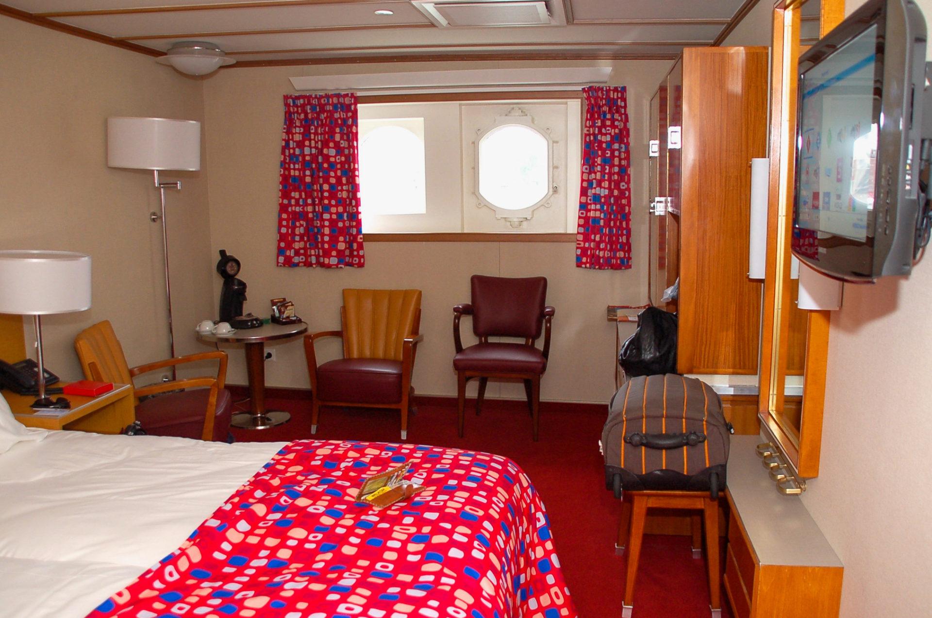 Zimmer mit Bullauge auf der Rotterdam