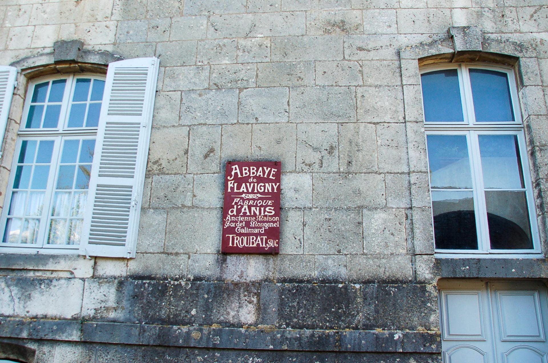 Die Fabrik der Anis de Flavigny befindet sich in einer alten Abtei